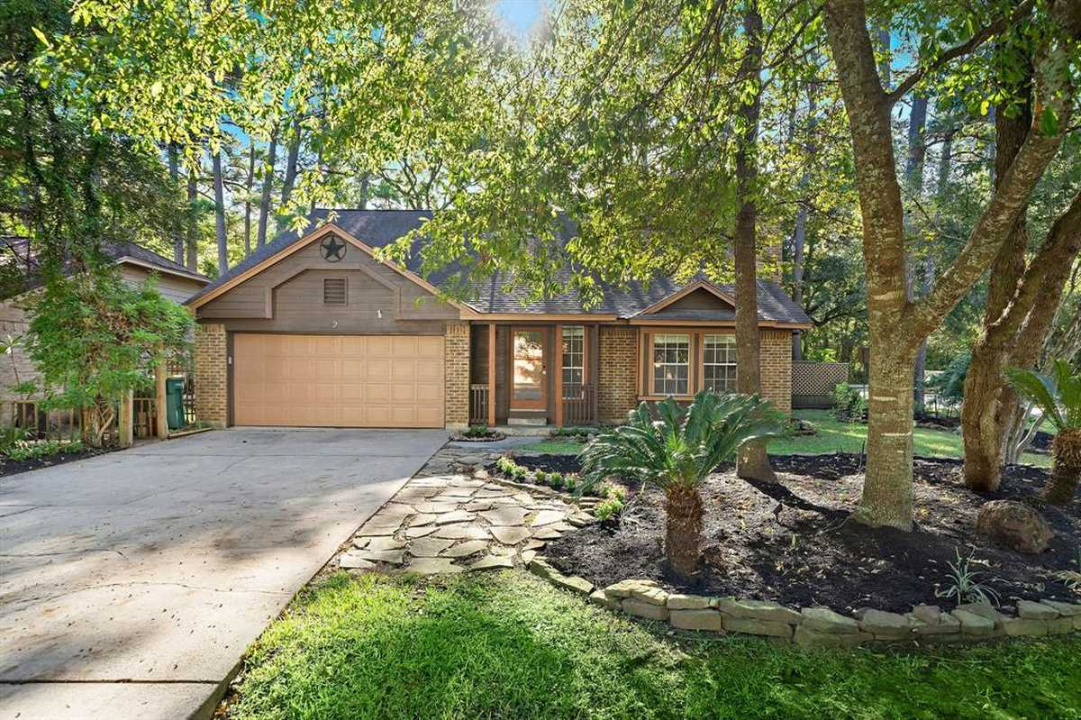 $397,995 - 4Br/3Ba -  for Sale in Wdlnds Village Panther Ck 16, The Woodlands