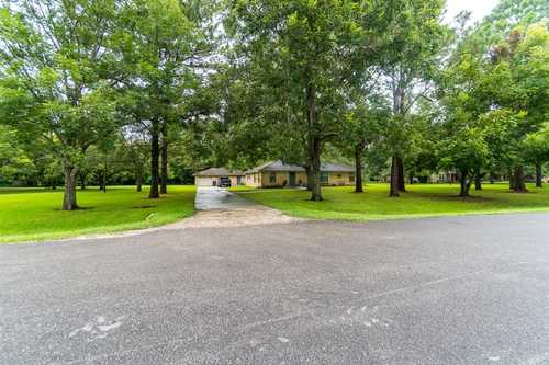 $347,000 - 4Br/3Ba -  for Sale in James Cummings Allhands, Brazoria