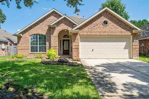 $263,300 - 3Br/2Ba -  for Sale in Summerwood Sec 21, Houston