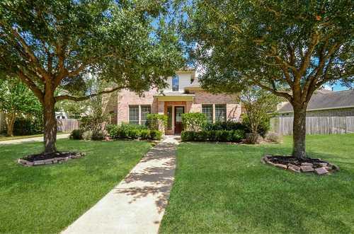 $398,000 - 5Br/4Ba -  for Sale in Copper Lakes Sec 13, Houston