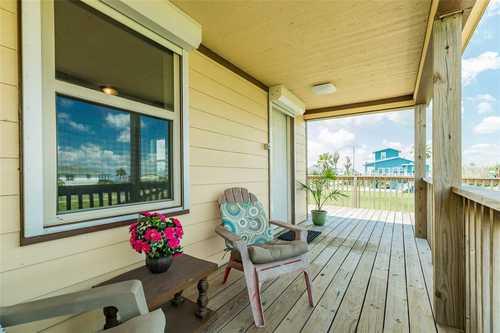 $300,000 - 3Br/2Ba -  for Sale in Bay Harbor, Galveston
