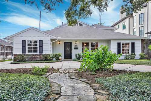 $749,000 - 4Br/4Ba -  for Sale in Willow Lane Place, Bellaire