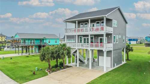 $725,000 - 4Br/3Ba -  for Sale in Laguna San Luis 88, Galveston