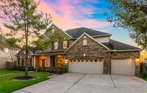 $549,000 - 4Br/4Ba -  for Sale in Canyon Lakes At Cardiff Ranch, Katy