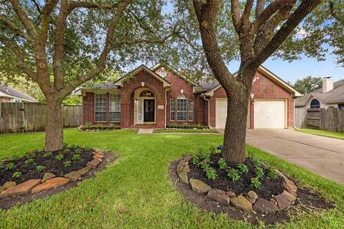 $329,000 - 4Br/2Ba -  for Sale in Greatwood Terrace, Sugar Land
