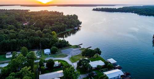 $385,000 - 4Br/3Ba -  for Sale in Shadow Bay 01, Willis