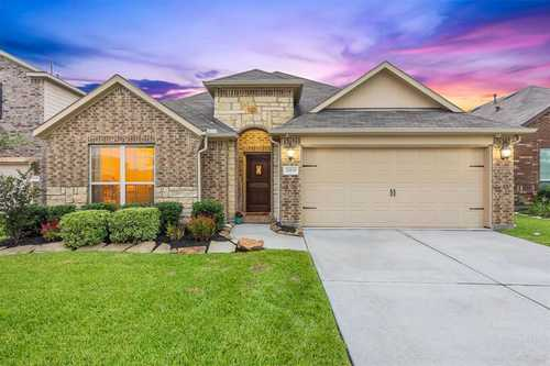 $290,000 - 3Br/2Ba -  for Sale in Pine Trace Village, Tomball