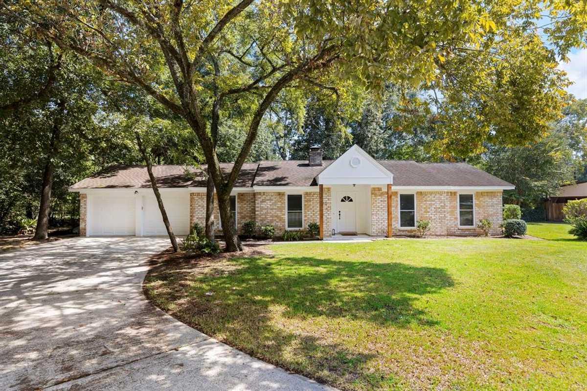 $265,000 - 4Br/2Ba -  for Sale in Oak Ridge North 05, Spring