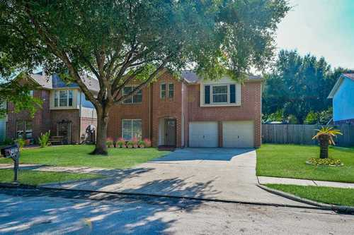$347,775 - 4Br/3Ba -  for Sale in Town Park Sec 01, Katy