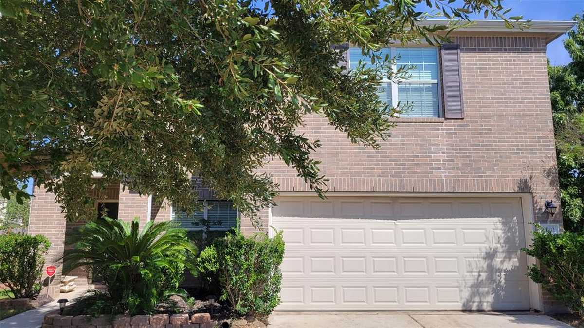 $245,000 - 3Br/3Ba -  for Sale in Legends Run 09, Spring