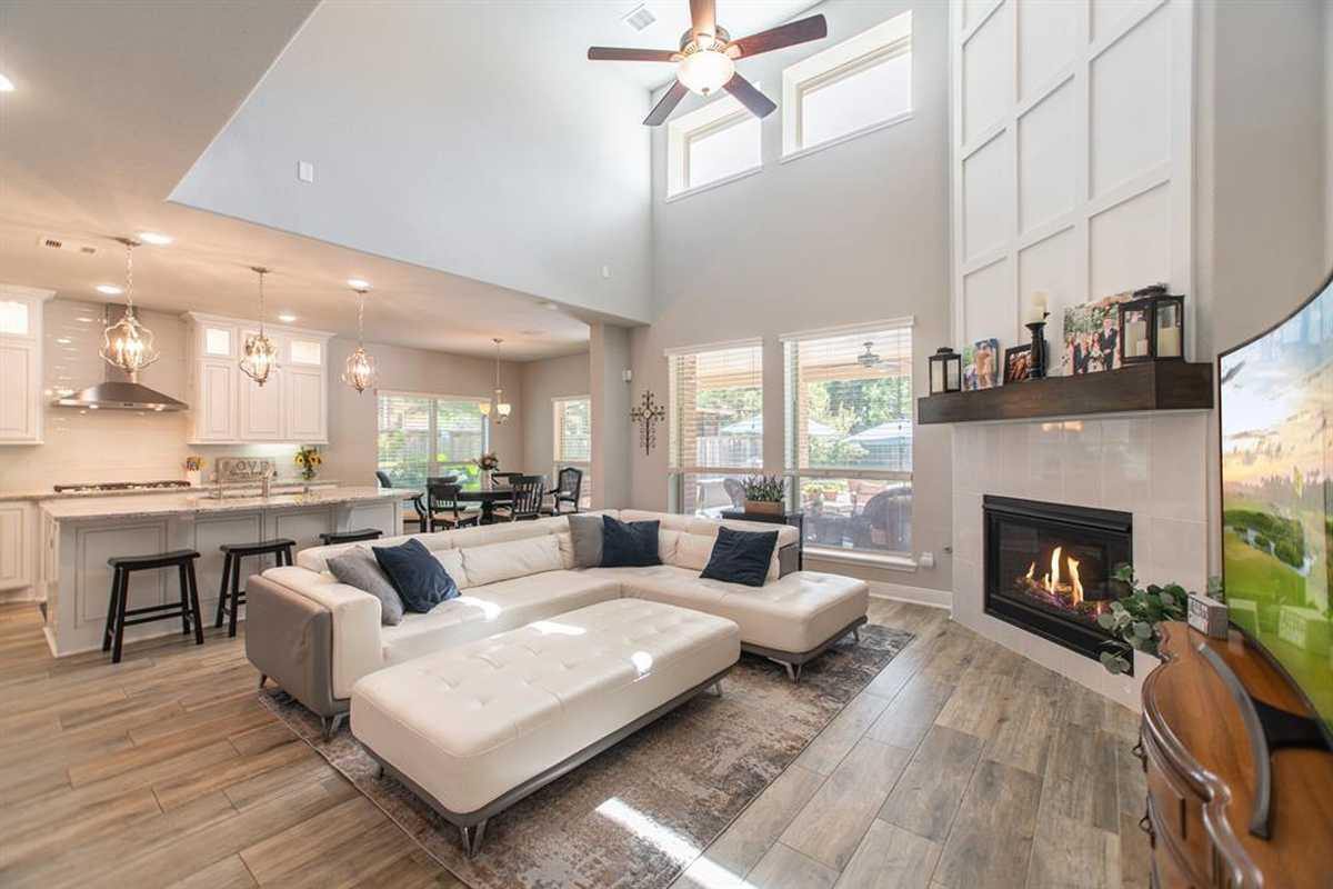 $820,000 - 5Br/5Ba -  for Sale in Woodlands Creekside Park West, Tomball
