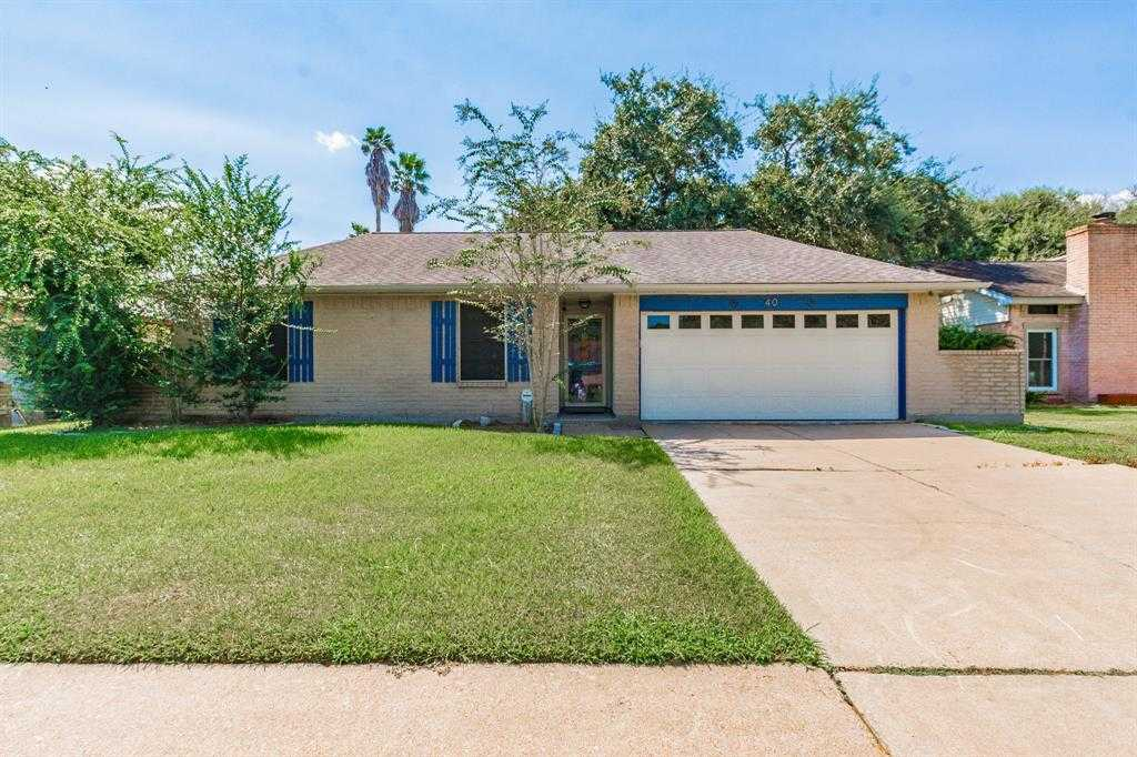 $212,000 - 3Br/2Ba -  for Sale in Rancho Isabella Sec 1-2-3-4 A, Angleton