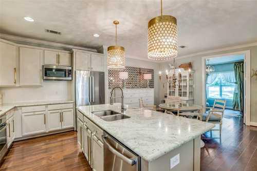 $364,900 - 3Br/3Ba -  for Sale in The Woodlands Village Of Creekside Park, Spring