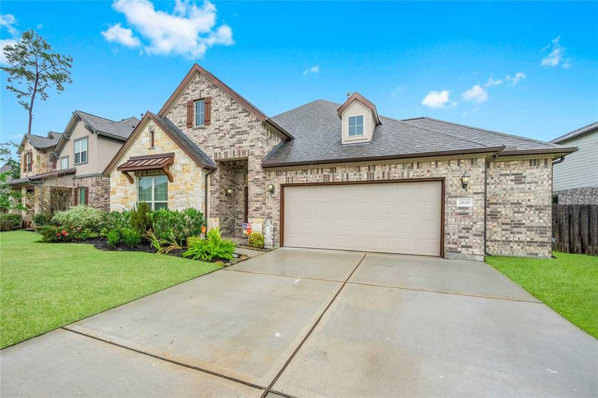 $364,900 - 3Br/2Ba -  for Sale in Meadows At Imperial Oaks 02, Conroe