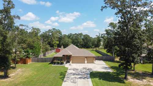 $365,000 - 4Br/2Ba -  for Sale in Deer Trail Two 01, Conroe