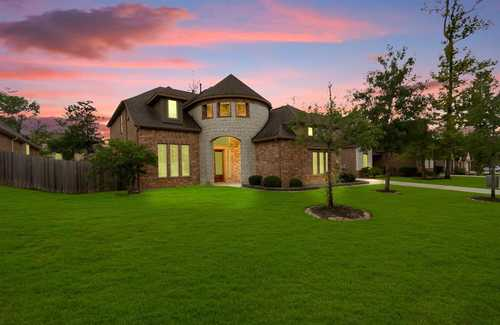 $453,000 - 4Br/4Ba -  for Sale in Stewarts Forest 08, Conroe