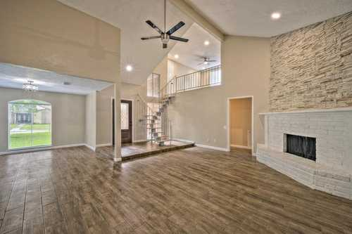 $312,000 - 3Br/2Ba -  for Sale in Country Club Estates Sec 04, Jersey Village