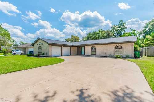 $219,300 - 3Br/2Ba -  for Sale in Columbia Lakes Sec 1-2-3-4-5, West Columbia