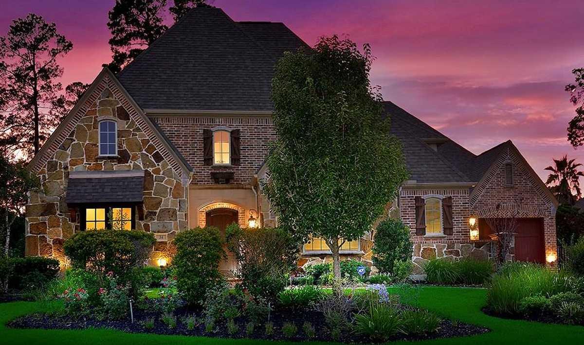 $950,000 - 5Br/6Ba -  for Sale in Wdlnds Village Sterling Ridge 82, The Woodlands