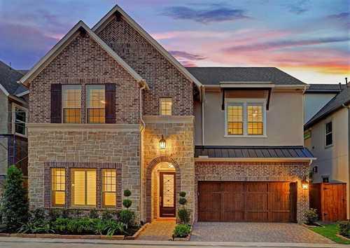 $975,000 - 5Br/5Ba -  for Sale in Springwood Manor, Houston