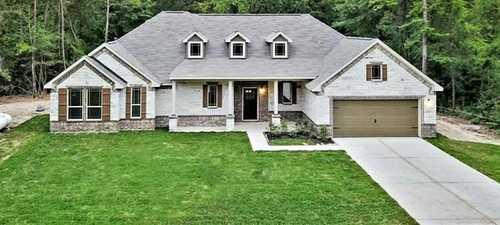 $429,000 - 3Br/2Ba -  for Sale in Deer Pines 01, Conroe