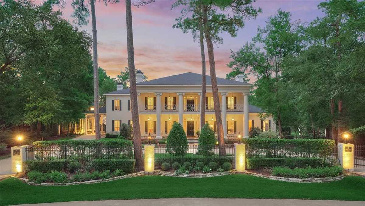 $2,500,000 - 5Br/9Ba -  for Sale in The Woodlands Grogans Mill, The Woodlands