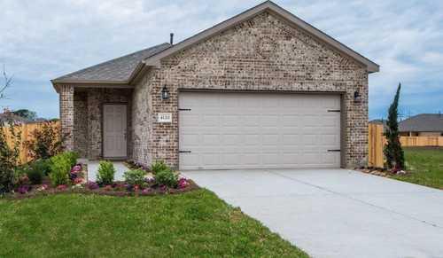 $256,540 - 3Br/2Ba -  for Sale in Rosehill Meadow, Houston