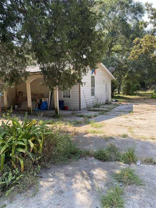 $230,000 - 5Br/3Ba -  for Sale in Old Oak Estates, Montgomery