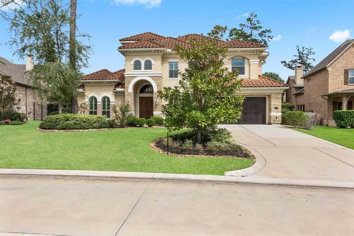 $915,000 - 4Br/5Ba -  for Sale in The Woodlands Creekside Park 30, Spring