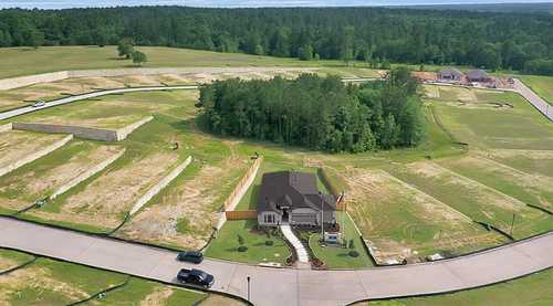 $325,000 - 4Br/2Ba -  for Sale in Heritage Reserve, Conroe
