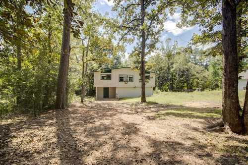 $135,000 - 2Br/1Ba -  for Sale in Lake Conroe Forest 02, Conroe