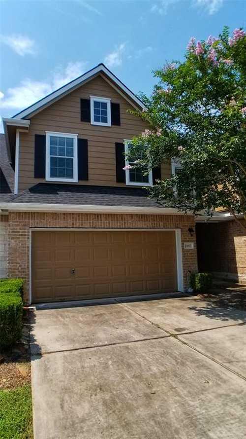$225,000 - 3Br/3Ba -  for Sale in Summerwood Sec 31 Amd Pla, Houston