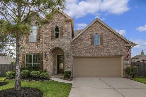 $399,999 - 4Br/4Ba -  for Sale in Summerwood, Houston