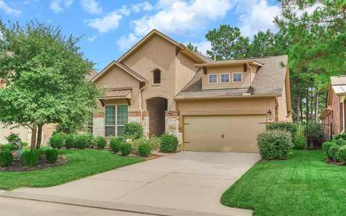 $462,000 - 4Br/4Ba -  for Sale in The Woodlands Creekside Park 27, Spring