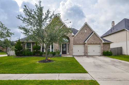 $498,000 - 4Br/3Ba -  for Sale in Firethorne West Sec 4, Katy