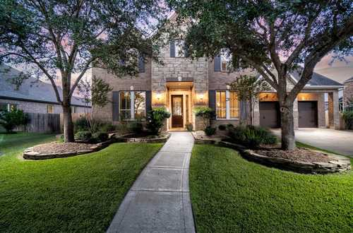 $654,900 - 4Br/5Ba -  for Sale in Fairfield, Cypress