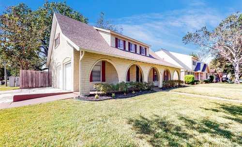 $449,000 - 4Br/3Ba -  for Sale in Walnut Bend Sec 07, Houston