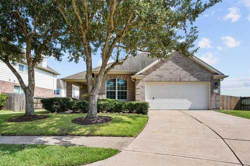 $290,000 - 4Br/3Ba -  for Sale in Shadow Creek Ranch Sf1-sf2-sf3, Pearland