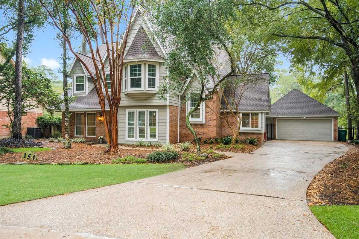 $489,000 - 4Br/3Ba -  for Sale in Wdlnds Village Panther Ck 17, The Woodlands
