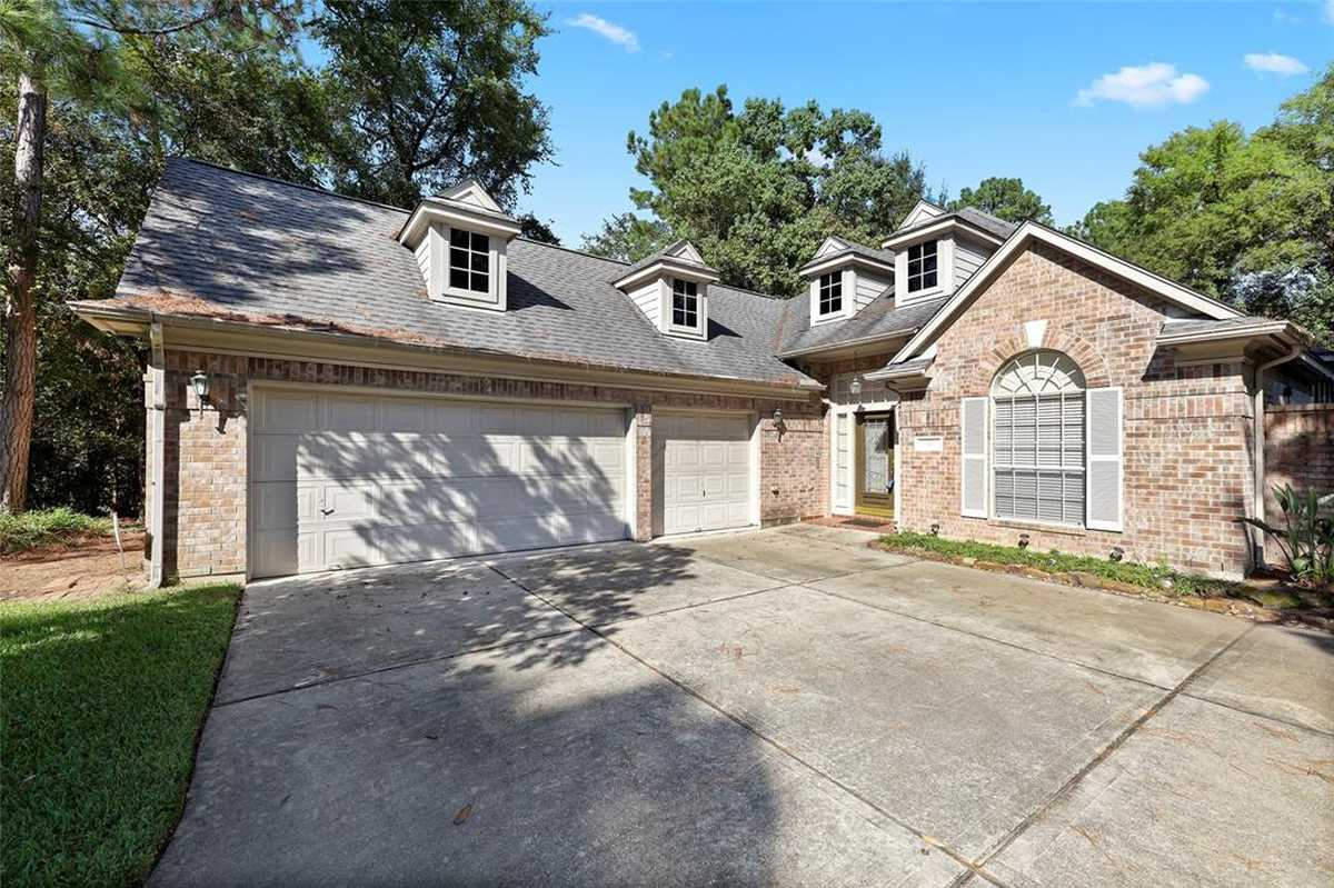 $470,000 - 3Br/2Ba -  for Sale in Wdlnds Village Panther Ck 34, The Woodlands