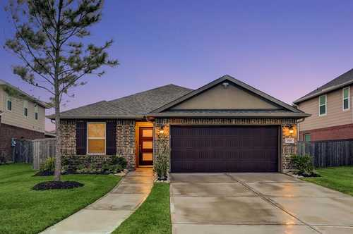 $295,000 - 3Br/2Ba -  for Sale in Riverstone Ranch/clear Crk Sec, Pearland