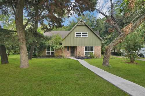 $650,000 - 4Br/3Ba -  for Sale in Outpost Estates, Houston