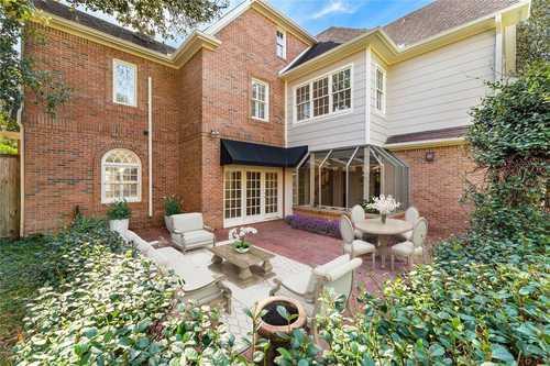 $1,825,000 - 4Br/4Ba -  for Sale in Braeburn Cntry Club Estates Se, Bellaire