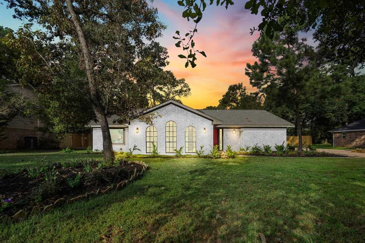 $293,000 - 3Br/2Ba -  for Sale in Spring Ridge, Spring