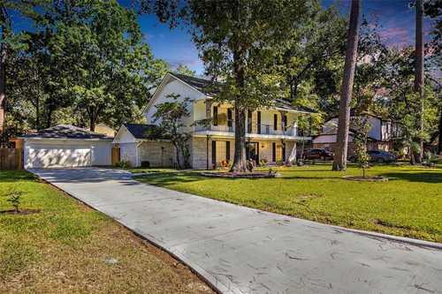 $369,999 - 4Br/3Ba -  for Sale in Trailwood Village, Houston