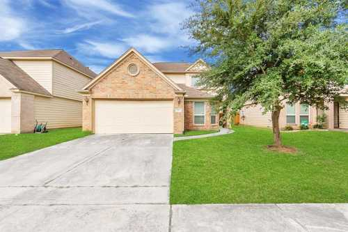 $210,000 - 4Br/3Ba -  for Sale in Foxwood, Humble