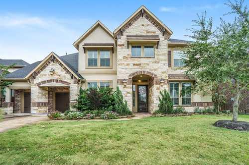 $750,000 - 4Br/5Ba -  for Sale in El Dorado Clear Lake City Sec 6, Houston