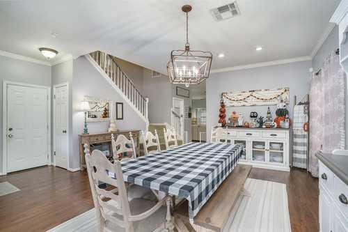 $315,000 - 4Br/3Ba -  for Sale in Bay Glen Sec 02, Houston