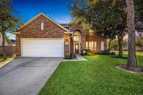 $299,000 - 4Br/3Ba -  for Sale in Summerwood Sec 17, Houston