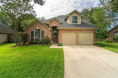 $339,500 - 3Br/3Ba -  for Sale in Bay Pointe Sec 03, Houston